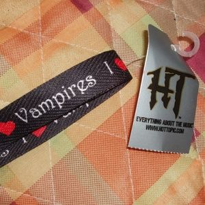 I ❤ Vampires Black Shoelaces – Hot Topic